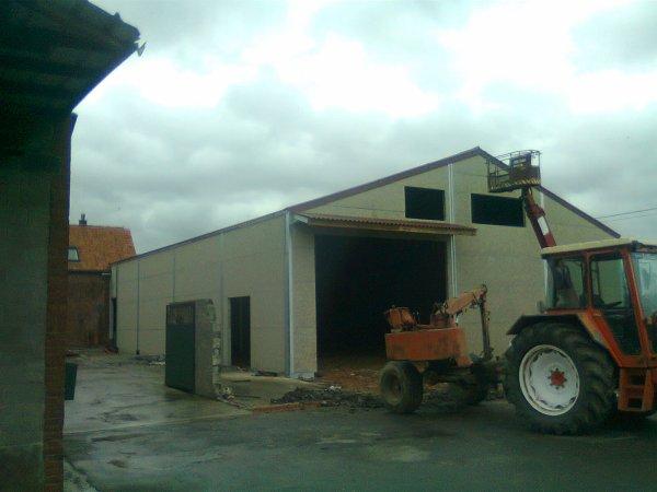 hangars a pomme de terre fini (presque) :p