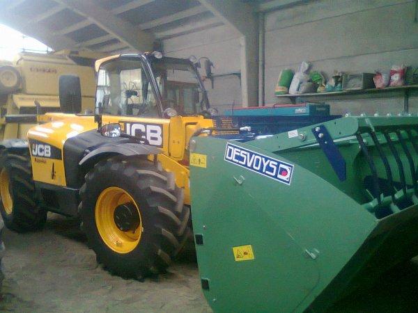 nouveau jcb 536-60 agri-plus :)