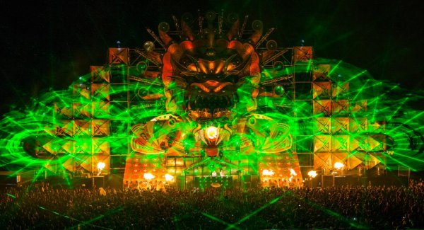 Q-dance @ Mysteryland 2012 | Official movie