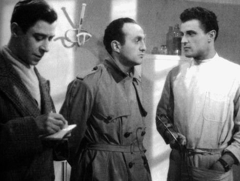 1945. SEUL DANS LA NUIT