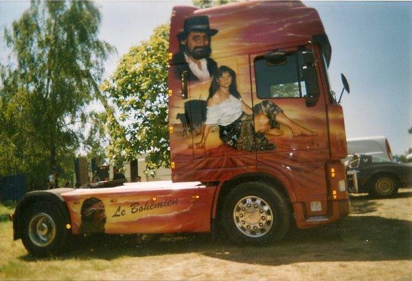 4............camions décorés au championnat de camions cross de Baud 2005............................