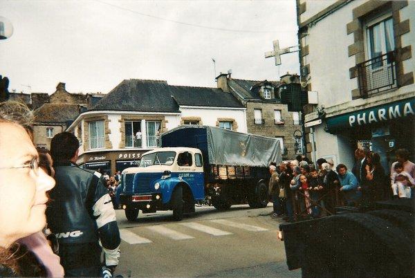 305....................camions décorés - anciens et tuning a Baud (56) 2008...........................305