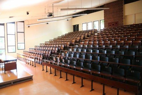 ➤ Classroom