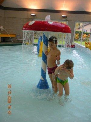 Petit apres midi a la piscine a wanze me voila enfin for Piscine wanze