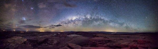 Voie lactée vu de la vallée de la Lune au Chili