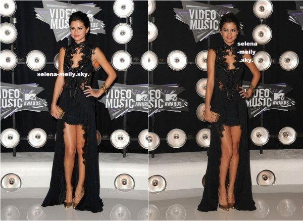 selena gomez a MTV video