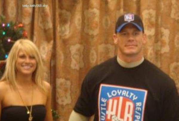 Kelly Kelly And John Cena Kissing