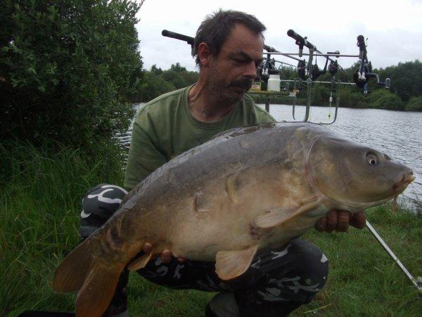 14.100 kg miroir