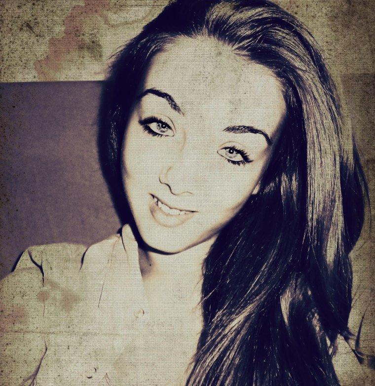#Ma raison ne t'aime plus mais mon c½ur, lui il t'aime encore... ♥