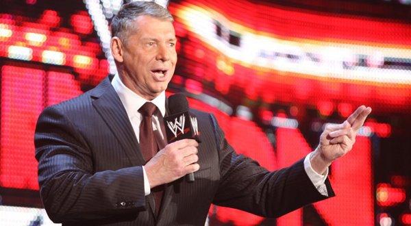 Vince Mcmahon a des idées pour Foley et pour les Bella Twins