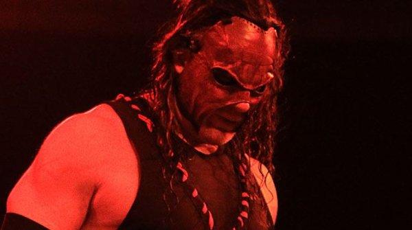 Kane à Raw