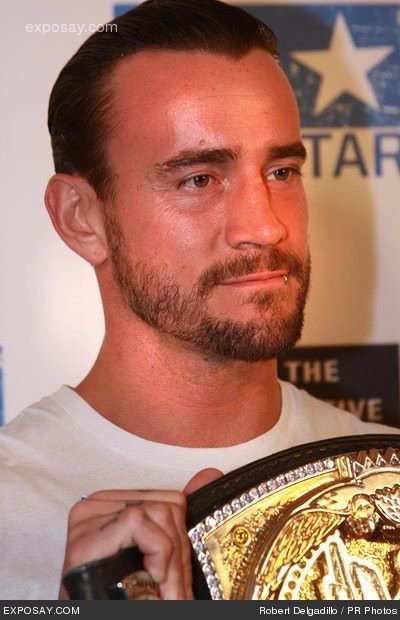 Cm Punk n'ira pas à la l'UFC