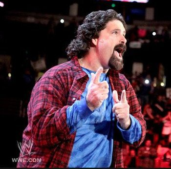 Mick Foley s'entraine pour remonter sur les rings