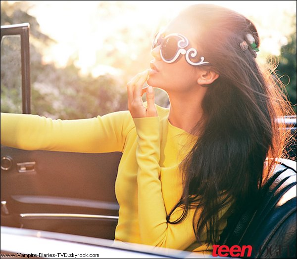 _ Nina en couverture du Teen Vogue d'avril 2011 !  _