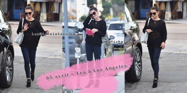 #Candid 1 - Le 05 avril Lea a été apercue à Los Angeles