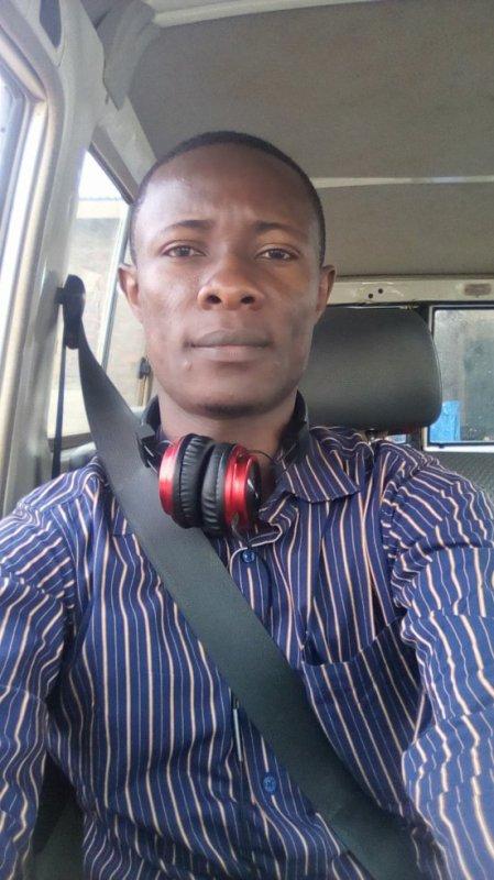 jules-mbongo fête ses 31 ans demain, pense à lui offrir un cadeau. Aujourd'hui à 20:53