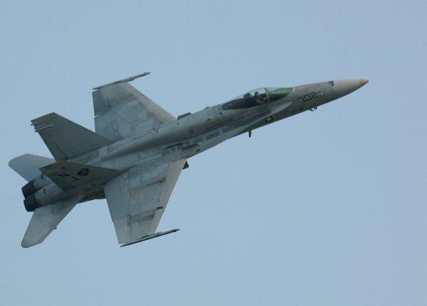 F-18 ^^