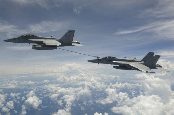 Fa-18 & F-18