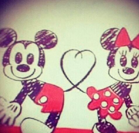 The gallery for lunette dessin - Dessin mickey swag ...