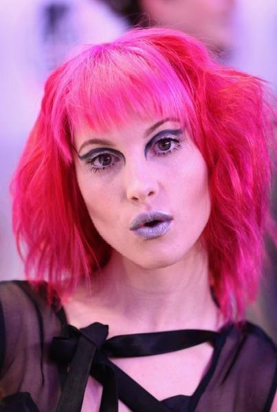 Nouvelle couleur ROSE de  Hayley , qu'en penses-tu ?