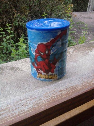 Une boite Spiderman