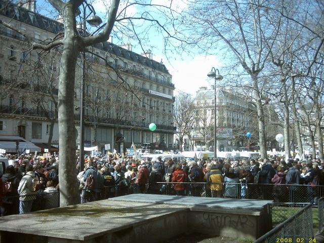 LA PLACE DE LA REPUBLIQUE !