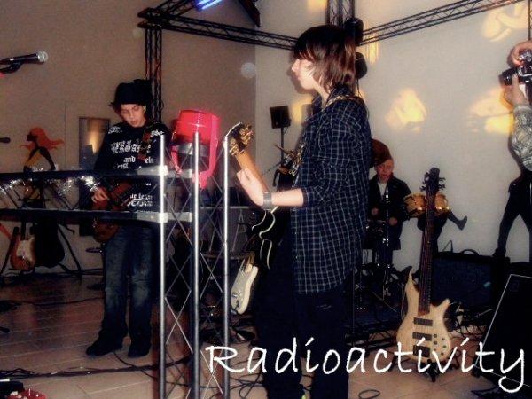 Radioacticvity Notre groupe (:
