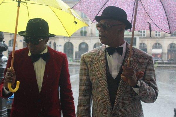 Modogo Mfumu Gian Franco Ferre Imperatore featuring Bozi Boziana dans Festival de Cannes Cento per Cento Moda Clip