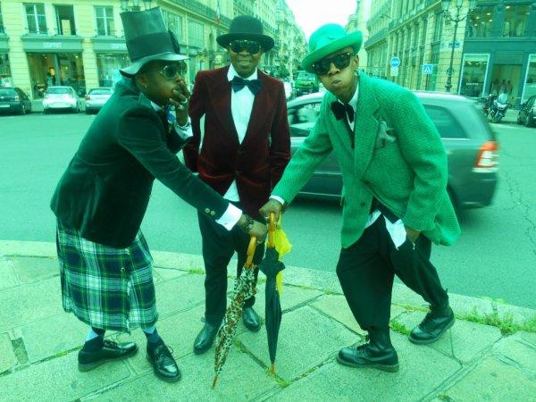 Modogo Mfumu Gian Franco Ferre Imperatore featuring Bozi Boziana dans Festival de Cannes Cento per Cento Moda