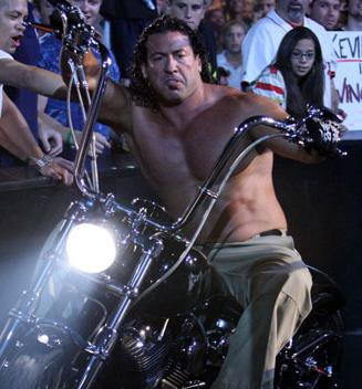 Chuck Palumbo compare Vince McMahon et Eric Bischoff