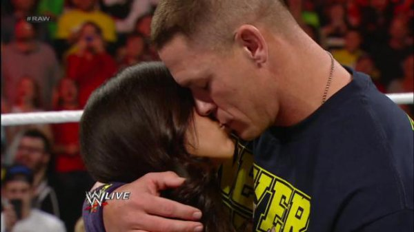 John Cena regrette son aventure télévisée avec AJ Lee