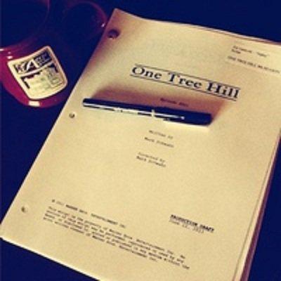 Joy a reçu le script du premier episode de la saison 9