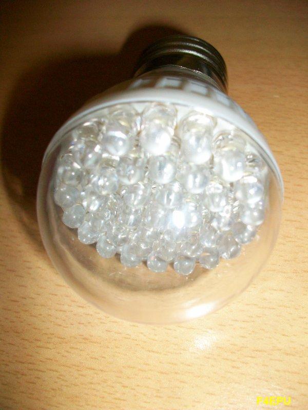 Ampoule à LED en kit.