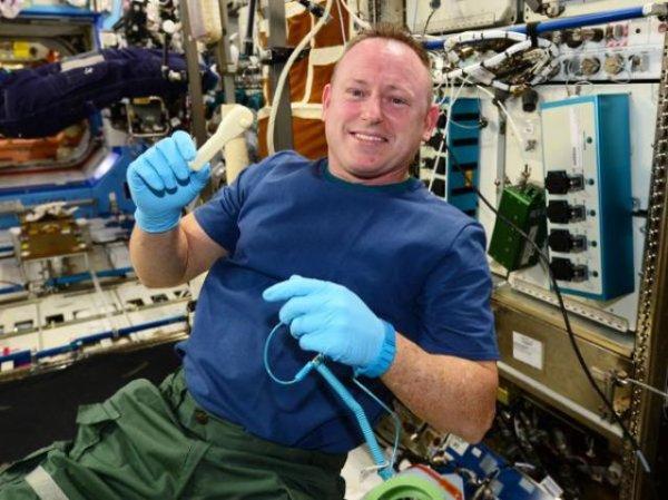 Imprimante 3D à bord de l'ISS.
