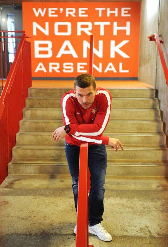 Lukas Podolski en visite aujourd'hui du coté de l'Emirates stadium.