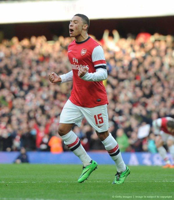 AOC a été élu homme du match. Auteur d'un but et d'une passe décisive, il a apporté la vitesse et la percussion dans le jeu d'Arsenal.