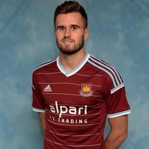 C'est officiel Carl Jenkinson évoluera à West Ham la saison prochaine. Bonne chance à lui.