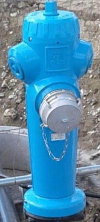 poteaux à usage d'aspiration sur une capacité d'eau