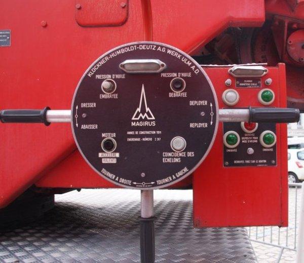 EPA 30m ancien véhicule du centre de secours d'Hazebrouck