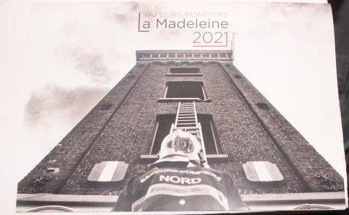 Calendrier 2021 sapeurs pompiers de La Madeleine (59)