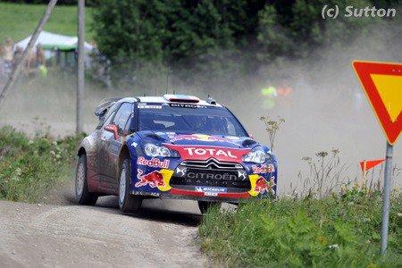 WRC - Loeb s'impose, tonneau pour Ogier