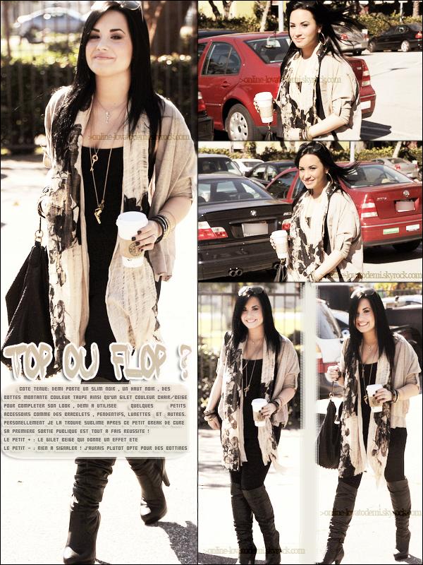 28/01/11 : Demi est sortie définitivement de sa cure . Elle a été apercu dans les rues de Los Angeles!