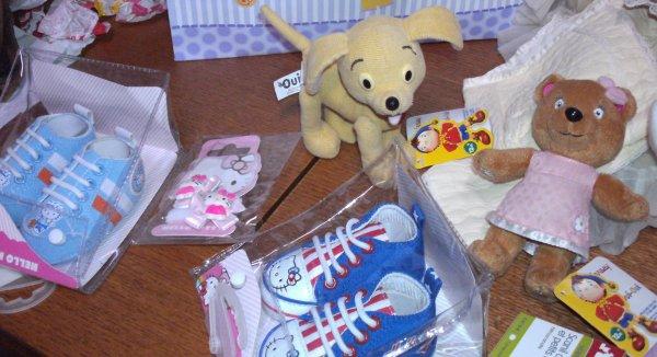 Petit achat pour les poupées reborn ,