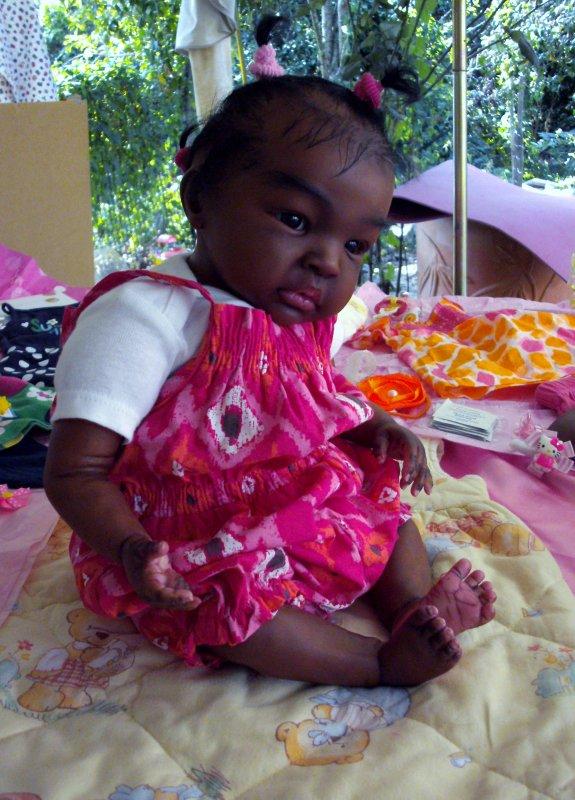 Bébé Reborn métis ; Alanna est toute belle pour la journée