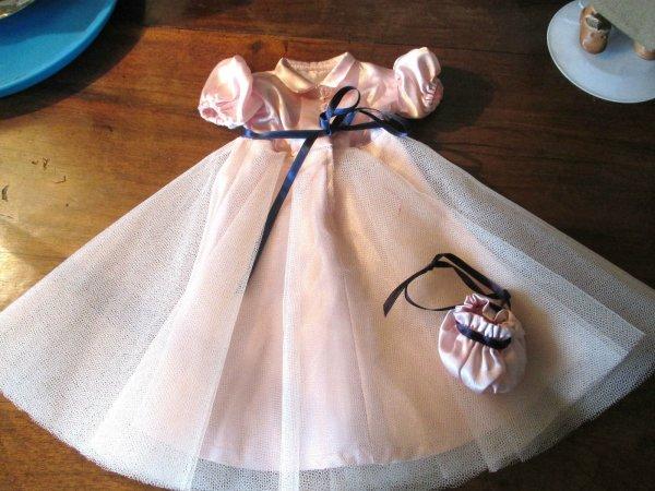 Une robes de bal ou de cérémonie dite de la boutique mode et travaux ?, Mais est ce vraiment cela??