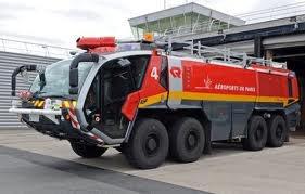 particulier, le nouveau véhicule des pompiers d'aéroports de Paris