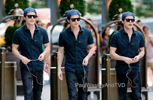 Paul Wesley  Le 28.06.13 + Le 29.06.13 + Le 31.05.13 A New York
