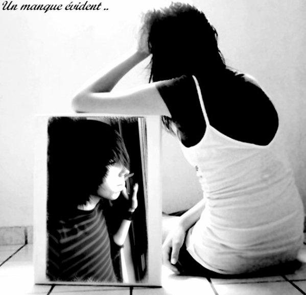 L'aube se lève mon coeur s'éteint depuis que mes yeux ne voient plus les tiens. Seulement j'aimerais bien t'oublier c'est la vie qui semble s'acharner. Ferme la porte sur nos souvenirs; laisse moi penser à mon avenir. Sans toi et nos moments de joie, sans toi je crois que je n'y arriverais pas. Aujourd'hui je vis ma vie, du moins je survis comme je le peux avec l'espoir de te revoir c'est ce qui me permet de ne pas t'en vouloir  ... ♥