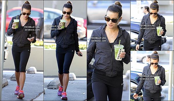 . 03/02/14 : Lea a été faire (encore) une randonnée avec ses parents à Los Angeles. .