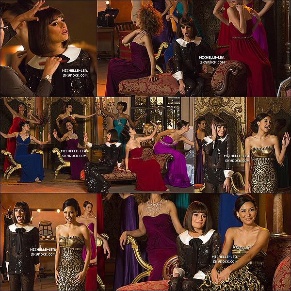 . 21/02/14 : Lea Michele visiblement heureuse se rendait sur le set de la série Glee . .